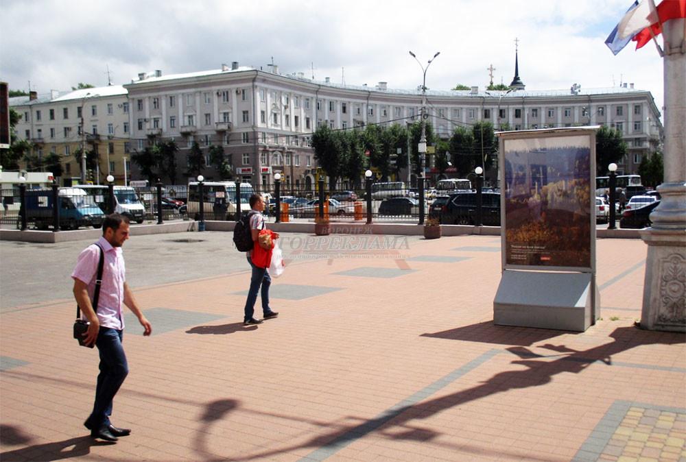 размещение-рекламы-на-жд-вокзале-Воронежа
